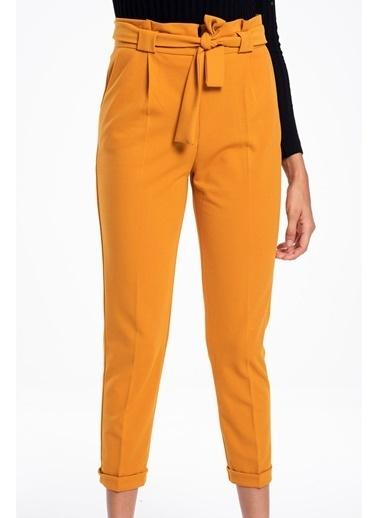 Tiffany&Tomato Kemer Detaylı Havuç Pantolon Hardal